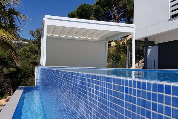 Poolhouse op maat Lloret de Mar | SunCircle Projects